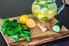 Agua desintoxicante para después de las fiestas - Bebidas Energéticas y Cocteles - Recetas de cocina - Charhadas.com