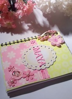 signature book..https://www.facebook.com/CraftersLatino/photos/ms.c.eJwzMzU3NzEyNzIxNjY1MDbUMwPzLS0NDQwMzcyhfGNjIzDf2AIA5TgJgQ~-~-.bps.a.607441716031799/657743321001638/?type=1&theater