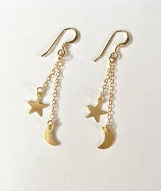 Moon and Stars Dangle Earrings, Threader Earrings, Moon and Stars Earrings, Moon Drop Earrings, Chan Ear Jewelry, Cute Jewelry, Jewelery, Jewelry Accessories, Jewelry Bracelets, Cute Earrings, Dangle Earrings, Chandelier Earrings, Stud Earring