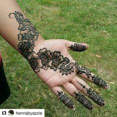 #followus@hennafamily #hennafamily #Repost @hennabyazzie  Bit of henna for @bubbbbllleeesss #HennabyAzzie #hennafun #hennanight #hennapattern #hennadesign