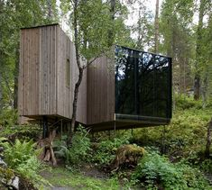 If It's Hip, It's Here: The Juvet Landscape Hotel. 7 Private Dwellings In The Norwegian Woods. This place has some really nice moments.