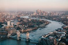 The best places to visit in Southern England. Looking to see more of England beyond London? These are the best places to visit in the South of England. London Eye, City Of London, East London, Weekend In London, Day Trips From London, Things To Do In London, London Today, Covent Garden, Big Ben