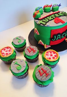 Tmnt cake and ninja turtle cupcakes. Ninja Turtle Birthday Cake, Ninja Turtle Cupcakes, Ninja Cake, Tmnt Cake, Ninja Birthday Parties, Ninja Party, Ninja Turtle Party, Ninja Turtles, 5th Birthday