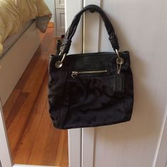 NWOT Signature coach bag NWOT Signature coach bag*offers welcome!* Coach Bags