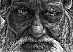 Untitled Realistic Drawings, White Photography, Pencil Drawings, Art Reference, Black And White, Eyes, Photos, Old Men, Pictures
