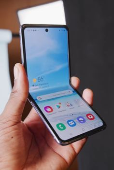 Top 10 Best Android Launchers of 2020 Latest Tech Gadgets, New Technology Gadgets, Electronics Gadgets, Best Mobile Phone, Best Phone, Blackberry Smartphone, Latest Smartphones, Mobile Gadgets, New Phones