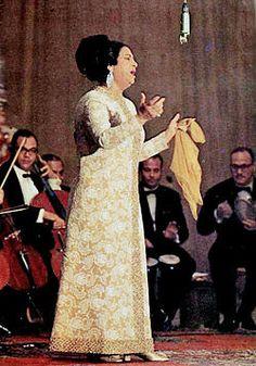 Casa L: Umm Kulthum. El Calendario Cultural de Bautista (3...