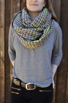 i love an awesome scarf! get the look