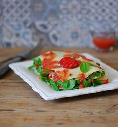 Spinach strawberry parmesan lasagna - Lasaña de espinacas fresas y parmesano - El bistrot de Carmen