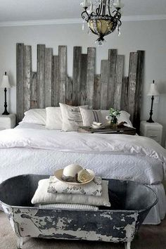 29 Creative  Crate Style Bedroom Furniture Ideas You Can Use To Transform Your Style Pallet Bedroom Furniture Design No. 8784  #pallet_furniture #pallet_bedroom_furniture #DIY_furniture