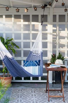 Chic nautical double hammocks by Yellow Leaf - the perfect spot for cold drink on a hot summer day. #hammock