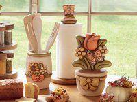 Accessori Da Bagno Thun.Scopri La Collezione Di Accessori Bagno Firmata Thun Esclusivi Set Da Bagno In Ceramica Dipinta A Mano Dal P Set Da Bagno Arredamento Ceramica Dipinta A Mano