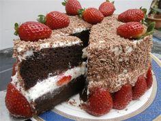 עוגת שוקולד וקצפת קלאסית של פעם