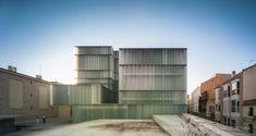MGM  Rehabilitación y ampliación del teatro Ramos Carrión # glass elevation # blur eleveation