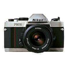 Nikon's FM10, an analog camera to learn how to take pictures...
