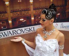Click 'LIKE' to vote Iryna Rabinovvch as your winner #CrystalCatwalk #CHRISANNE #Swarovski