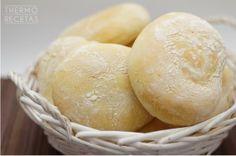 Delicioso pan casero elaborado fácilmente con nuestra thermomix: molletes de Antequera. Ideales para desayunar con aceite y tomate o mermelada y mantequilla