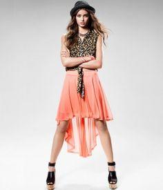 Faldas asimétricas, encuentra más tendencias para primavera en..http://www.1001consejos.com/faldas-para-primavera/