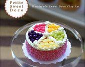 Miniature Fresh Fruit Strawberry Cream Cake Magnet - Round shaped - Faux Food - Miniature Dollhouse - Petite Sweet Deco