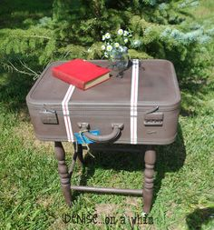 Vintage Suitcase Table / Guest post by Denise... on a whim at http://artisbeauty.net/