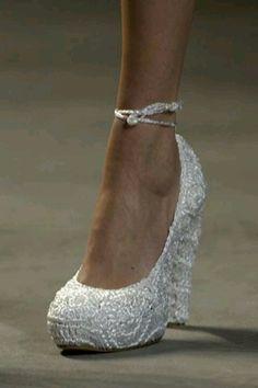 Perle - #Perle #perla #pearls #shoes #scarpe #white #bianco #madreperla #motherofpearls