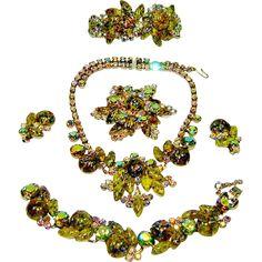 Last Chance Vintage Juliana Necklace Bracelet Brooch Earrings Clamper Green Harlequin AB Rhinestone D&E Book Set
