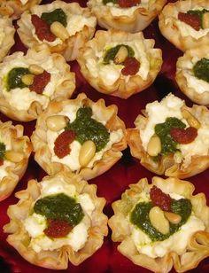 Easy Christmas Appetizer: Savory Tartlets #recipe #christmas #appetizer