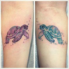 Matching sea turtles by Larkin 👯#seaturtletattoo #watercolortattoo #matchingtattoos