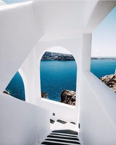 Santorini Blues // @vien