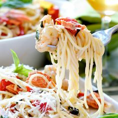 Spaghetti with Pinot Grigio and Seafood