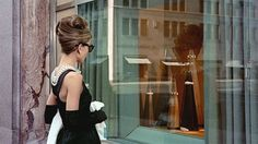 @AudreyHepburn: The moment #HollyGolightly took off her glasses to glance at Paul in #BreakfastatTiffany's was the beginning of purr in the history of #eyewear. Women meowed, men trilled. Finally some feline looking glasses with an extra rim at the outer corners to feed the need for feminine eyewear par excellence! Click the look #shadesoriginators.com