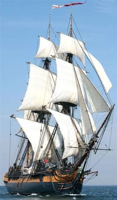 """jade-cooper: """" HMS Surprise (former HMS Rose), replica, built in sold to Century Fox in """" Poder Naval, Moby Dick, Old Sailing Ships, Wooden Ship, Yacht Boat, Tug Boats, Sail Away, Model Ships, Tall Ships"""