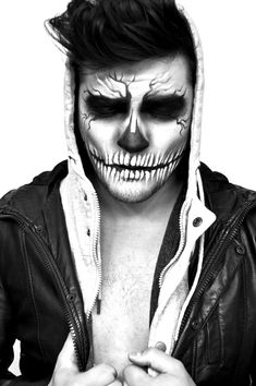 easyskullmakeup skullmenmakeup makeup skull 2019 in Skull Makeup Skullmenmakeup Easyskullmakeup Makeup In 2019 Skull Makeup Skullmenmakeup EasyskullmakYou can find Men halloween makeup and more on our website Man Skull Makeup, Sugar Skull Makeup, Clown Makeup, Costume Makeup, Men Skeleton Makeup, Skeleton Face Paint, Men Makeup, Mens Halloween Makeup, Soirée Halloween