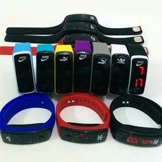 Jam tangan LED gelang layar kaca, aneka warna cantik, harga eceran @ 20.000. Bbm : 2AB12BBC, Wa : 08567531313