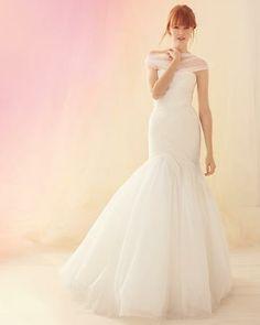 Beautiful Wedding Dresses from Fall 2012 Bridal Fashion Week
