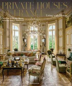 A historical, cultural, and architectural journey through a dozen exquisite and refined French chateaux and residences. A dozen aristocratic French families invite readers to experience their elegant