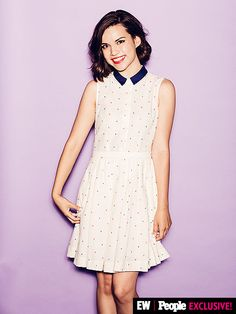 Ingrid Nilsen was chic and summery in our #VidCon booth.  Image Credit: Ramona Rosales/People/EW