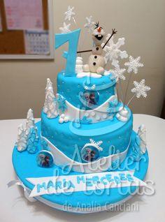 TORTA DE FROZEN Frozen, Cake, Desserts, Food, Cakes For Kids, Cream, Tailgate Desserts, Deserts, Kuchen