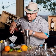 Love a good cocktail? So do we! Check out our cocktail conversation with master mixologist Clark Jimenez of @andazpapagayo!  Costa Rica #vacations #crexperts