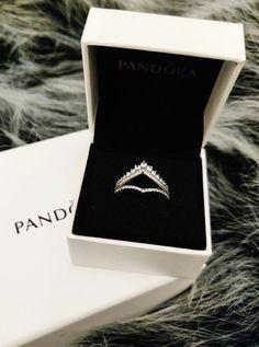 Pandora Jewelry OFF!> Authentic Pandora Princess Wish/Sparkling Ring Clear CZ New Cute Jewelry, Bridal Jewelry, Jewelry Accessories, Jewelry Design, Pandora Bracelets, Pandora Jewelry, Pandora Charms, Charm Bracelets, Mode Outfits