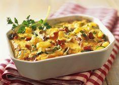 Parmentier au jambon et aux champignons (oignon, ail, oeufs, crème, lait, persil)