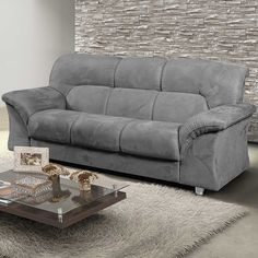 Conforto e diversão? Pode apostar que este #sofá pode ter tudo isso! #decoração #design #madeiramadeira