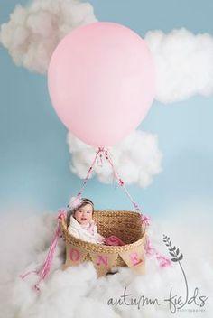 My hot air balloon session looked amazing thanks to your inspiration. ~ Liz Lee BTBB alum {Beyond the Beanbag: newborn posing + photography} 1st Birthday Photoshoot, Baby 1st Birthday, First Birthday Photos, Birthday Pictures, First Birthday Parties, Birthday Photography, Girl Photography, Infant Photography, Photography Props