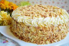 Desert tort in straturi Krispie Treats, Rice Krispies, Napoleon Torte, Smoothie Recipes, Smoothies, Food Cakes, Vanilla Cake, Cake Recipes, Food And Drink
