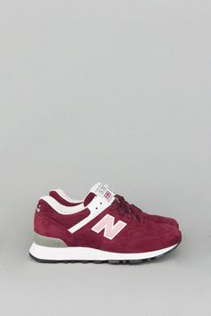 The New Balance 576 features a premium suede upper and classic New Balance details. Made in UK. - Product Code: W576PMP - Color: Burgundy / Pink / White - Material: Suede