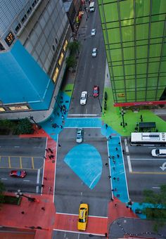1 | A Landmark Chicago Intersection, Reborn With 76K Square Feet of Vinyl | Co.Design: business + innovation + design