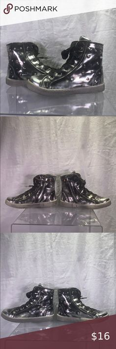 I just added this listing on Poshmark: Girls Primigi Hi-Top Sneakers - Size 29 EU/US 11.5. #shopmycloset #poshmark #fashion #shopping #style #forsale #Primigi #Other Brown Leather Shoes, Leather Sneakers, Tall Boots, Black Boots, Toddler Shoes, Toddler Girl, First Walkers, Girls Sneakers, Petite Fille