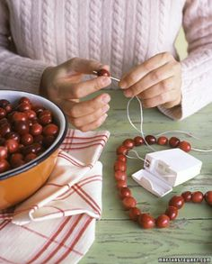 Garland Trick The best material for stringing cranberry, cookies, gum drops & popcorn garlands is inside your medicine cabinet. Waxed dental floss...Strong slick & allows everything to glide on effortlessly!