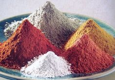 Kaolin Clay Varieties Kaolin Clays constitute ingredients which can be used in many different ways in natural skincare. The clay varieties can be incorpora