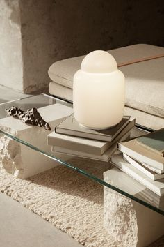 White Table Lamp, Idee Diy, Piece A Vivre, Diffused Light, Glass Table, Modern Glass Coffee Table, Scandinavian Design, Interior Inspiration, Home Accessories